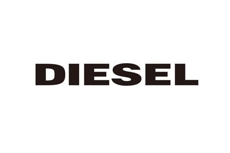 4932c03e4aab また、テキスタイル、家具、照明の3ラインからなるホームコレクション「Successful Living from Diesel」も展開している。