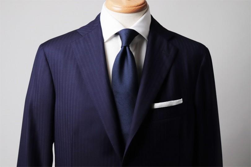 スーツ ネイビー 最も論理的で真似しやすいネイビースーツの着こなし解説5選