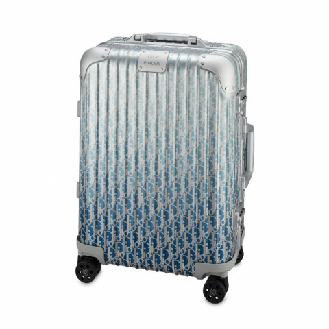 「DIOR and RIMOWA」キャビン 493,900円(56×40×22㎝)