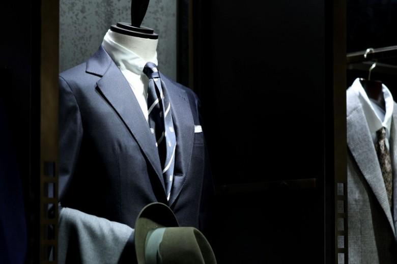 メンズ館オーダー会情報|男の装いの核となるドレスクロージングを提案