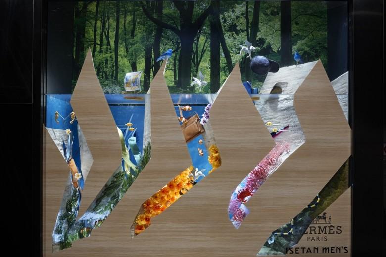 <エルメス>|秋冬新作アイテムも続々と登場、不思議な泉の世界を表現したメンズ館ディスプレイにも注目!