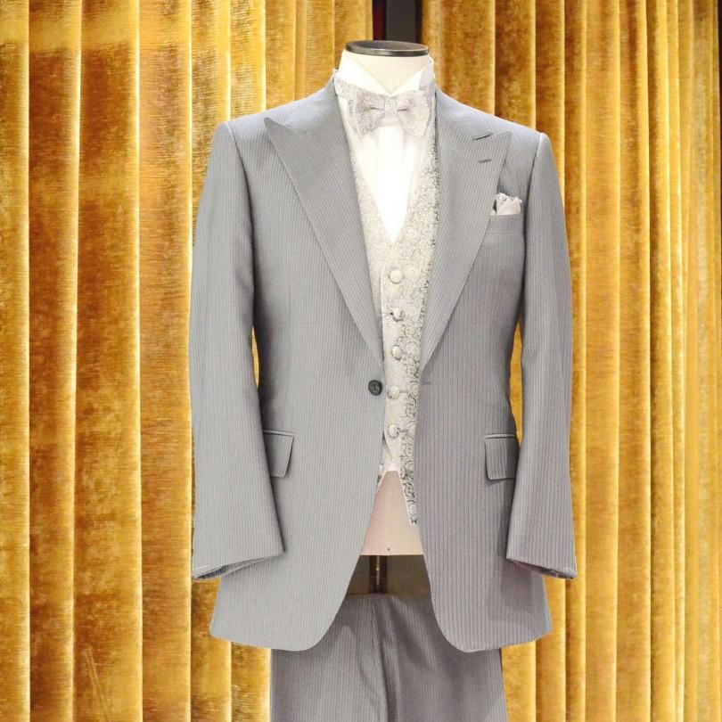 8037e73dc9d5d8 結婚式・披露宴(ハウスウエディング・レストランウエディング等)での新郎。一般的な慶事の参列者のフォーマルスタイルです。